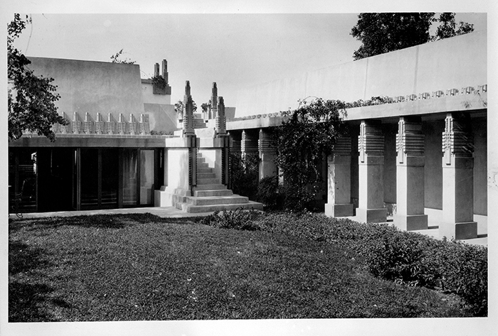 Exterior of Hollyhock House