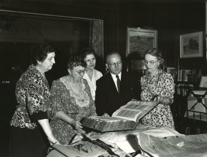 Estelle Doheny with Mr. and Mrs Schad and Doheny estate librarian Lucile Miller
