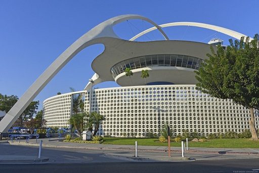 "Pereira & Luckman Architects ""Theme Building"" at LAX"